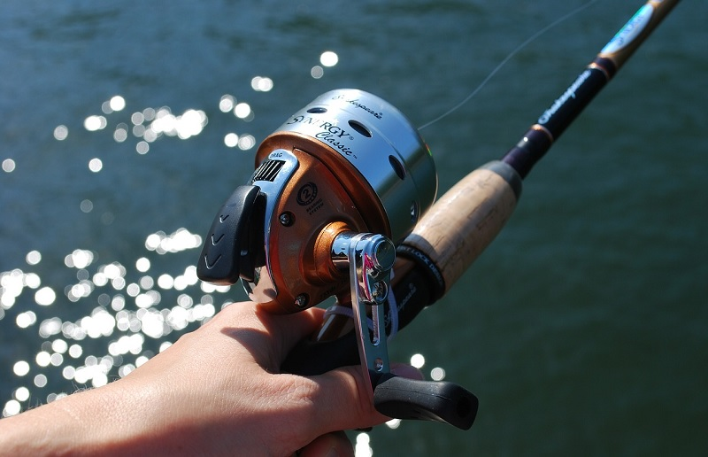 How to set up fishing pole